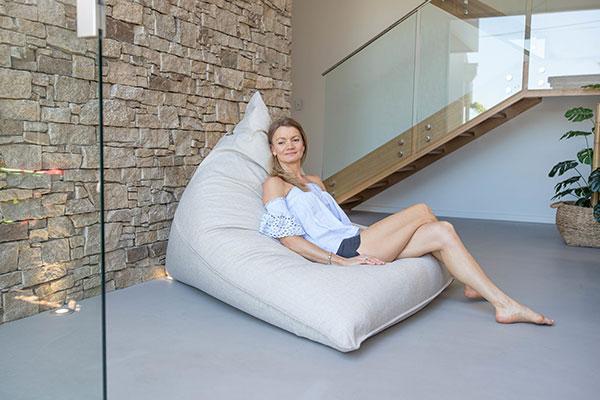 Large Komfort Triangle Beanbag | Mooi Living